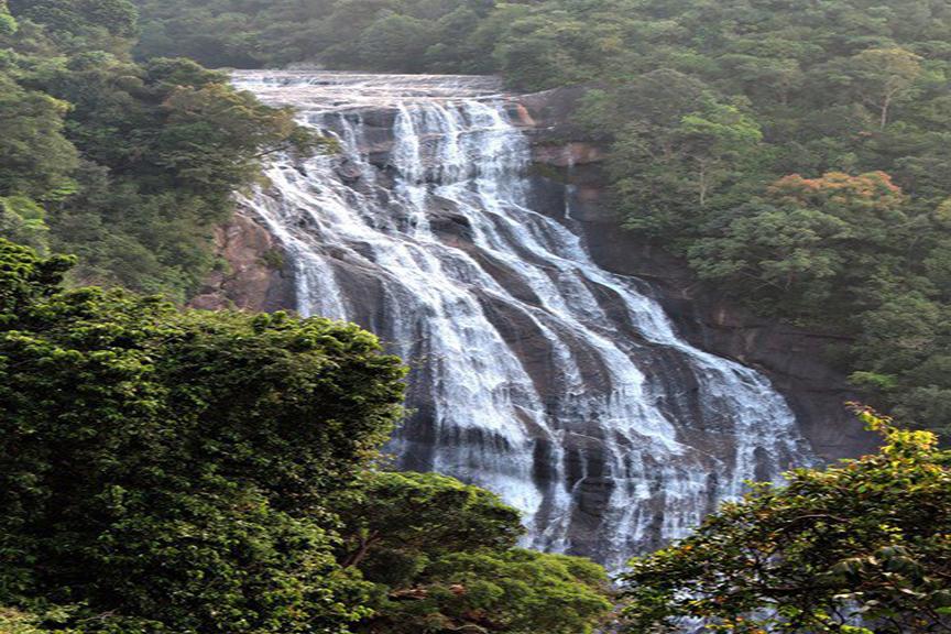 Mahaweli Reach Hotel Kandy Sri Lanka